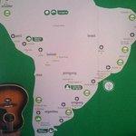 Mapa do Brasil na parede central do hostel