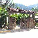 Entrada principal do hostel Trindade-Paraty