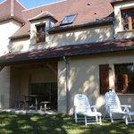 Exterior shot of the garden at 'Margeurite' villa at Domaine de Brantome