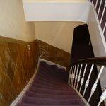 escalier typique menant aux chambres