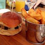 6 Bells Burger