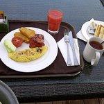 Breakfast ... sangat lezat.