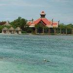 Private Island and Royal Thai Restaurant
