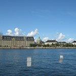 Am Hafen und Schloß