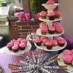 The Hot Pink and Zebra print cupcakes