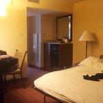 Sala y cocinita room 216