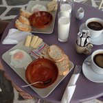 A Naxian breakfast