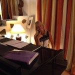 Die sehens- und hörenswerte Pianistin Anne-Tina