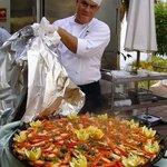 Paella - frisch zubereitet. Lecker!