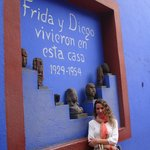 Dentro de la CASA AZUL casa museo de Frida Kahlo