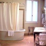 Junior suite bathroom.