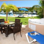 Every Villa has their own Jacuzzi, Marina View as well as Pool View