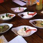 Mezze chypriote... l'une des parties