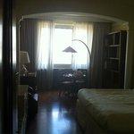 camera con ampio salotto