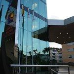 L'entrée de l'hôtel Golden Bahia & spa 4****