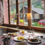 lovely breakfast room