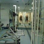 Simpática área de fitness