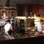 Bar och kök på Basterd
