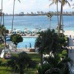 vista hacia la playa desde uno de los balcones del hotel
