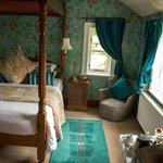 Ash Farm - Room 1