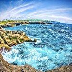 Devil's Tears - Cliff Jumping - Dream Beach - Lembongan - Bali - Indonesia - Wandervibes - cliff
