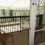 Rooms facing the atrium have balconies.