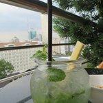 Saigon Saigon Bar: Level 9 - best mojitos in town