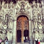 Frente de la Catedral Metropolitana - Puerta Principal