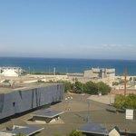 Vista al mar y al museo desde el piso 10.