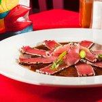 Sashimi de Atún. Los Arcos Restaurant
