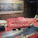 有名な紅の絹装束