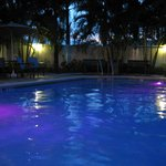 Pool mit LED-Beleuchtung