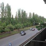Вид с балкона на ул. Ботаническая