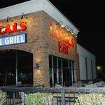 Locals Bar & Grill