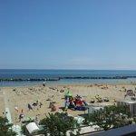 vista della spiaggia dal terrazzo