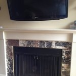 TV/Fireplace