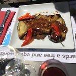 Espadon grillet aux aubergines et pomme de terre
