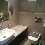 Bathroom with Molton Brown amenities