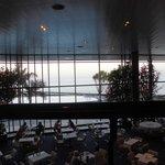 la vue sur la mer du restaurant