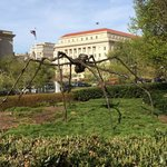 Louise Bourgeois Spider is so cool!