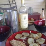 Petit Manseng. Pairs great with spicy mahi mahi and grilled potatoes.