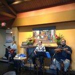 Cj and Leokane and Boise   simply wonderful singers in Bar area