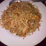 Pâtes de riz sautées aux crevettes