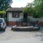 Viadana (MN), l'ingresso dell'Osteria Da Bortolino
