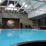 piscine intérieure du spa