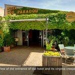 Foto de Hotel Lou Paradou