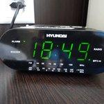 Часы, пришлось выключить, т.к. будильник срабатывал в 12 ночи, и не хотел перестраиваться.