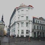 Вид с со стороны улицы Suur-Karja