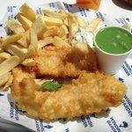Fish n chips and mushy peas