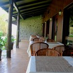 Outdoor dining area at restaurant 'The Oak'